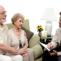 Порядок начисления и особенности взыскания алиментов на родителей