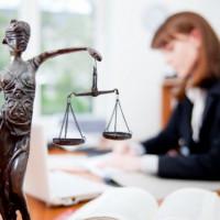 Бесплатные консультации адвоката по телефону