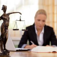 Особенности алиментных обязательств и юридическая помощь при удержании алиментов
