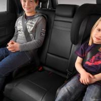 Правила перевозки детей в автомобиле — основные требования