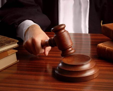 алименты после 18 лет в судебном разбирательстве