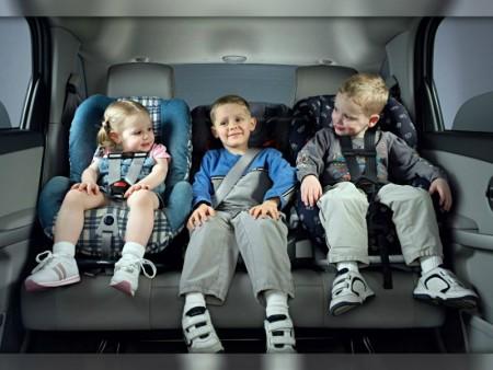 требования и правила перевозки детей в автомобиле