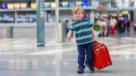 самостоятельный выезд ребенка за границу