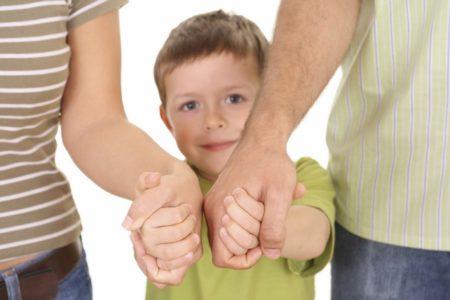 как усыновить детей