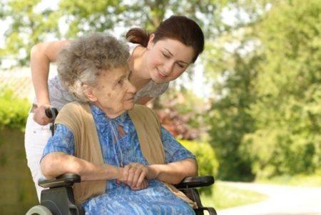полная опека над пожилыми
