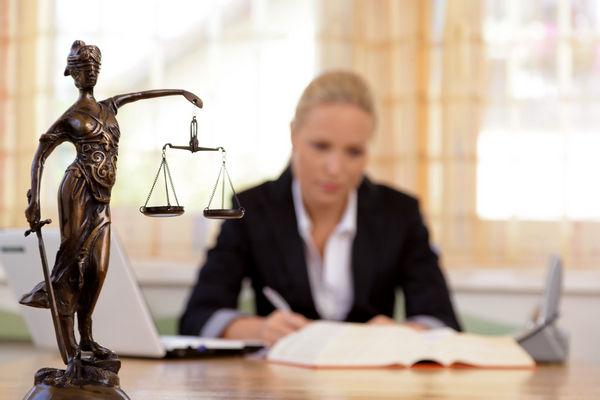 поиск адвоката по мошенничеству